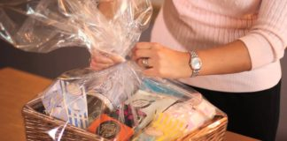 cheap hamper gifts